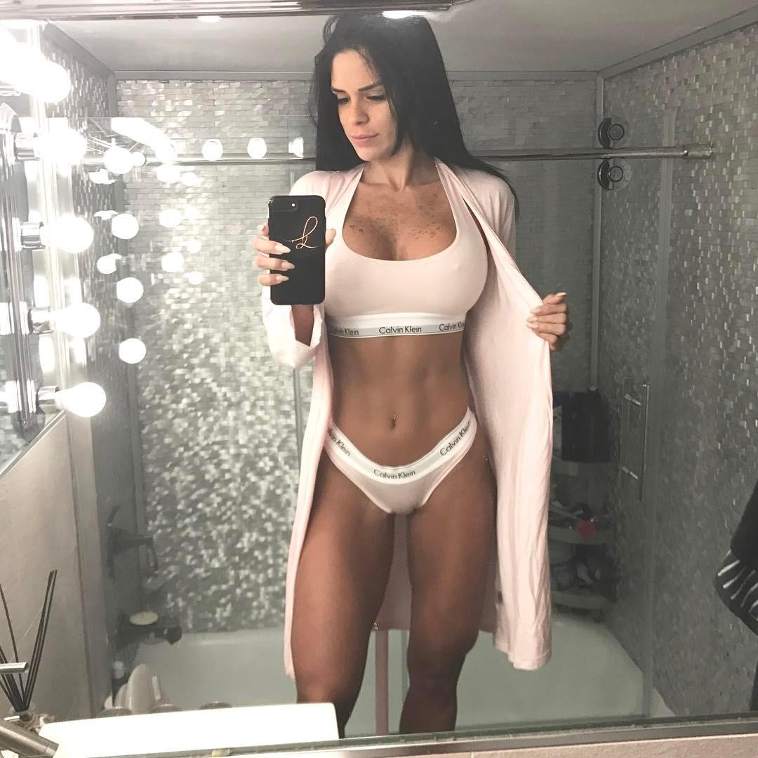 Michelle Lewin La Diva Del Fitness 💪 😍 Zonafut